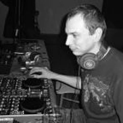 Tomáš Dvořák 3's avatar