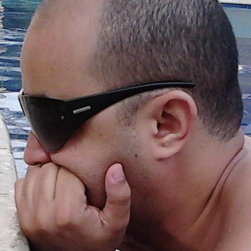 suetonio's avatar