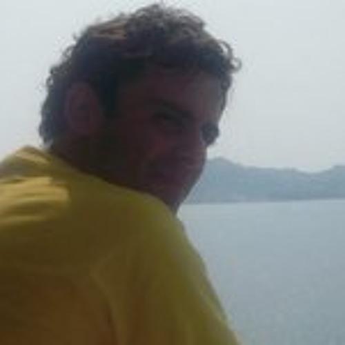 Claudio Catalan Julia's avatar