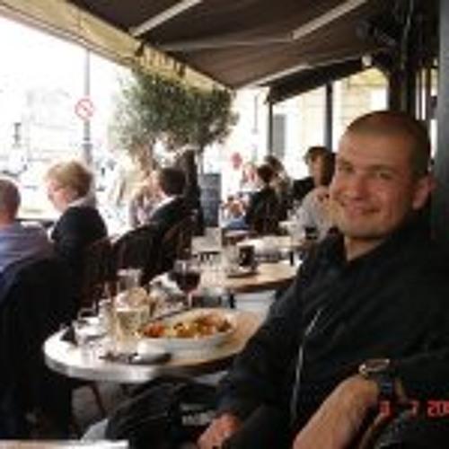 Roberto Dos Reis Alvarez's avatar