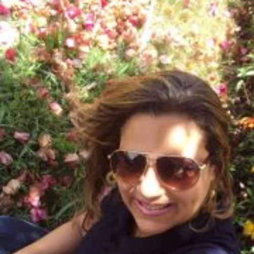 Estela Rodrigues Paiva's avatar