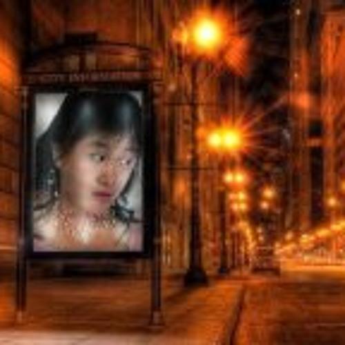 Elizabeth Dewi Himawan's avatar
