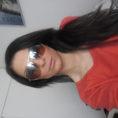 Isabella Fischer Nielsen's avatar