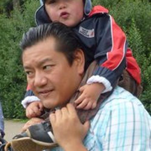 Yasushi Nakanishi's avatar