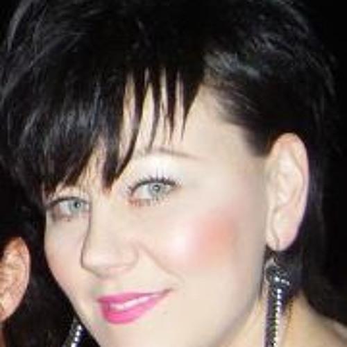 Jen Francis's avatar