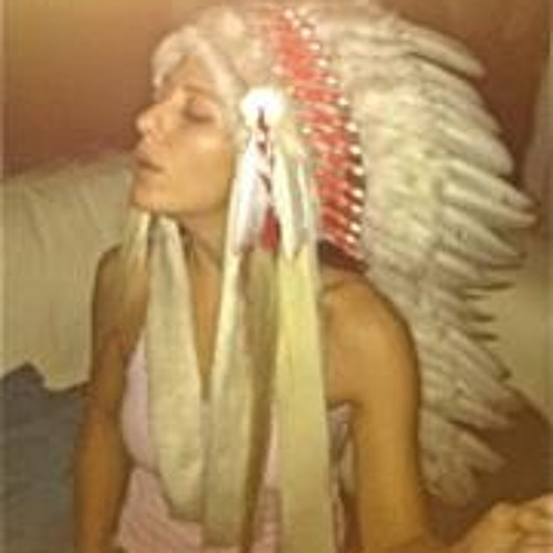 Merrika-feather's avatar