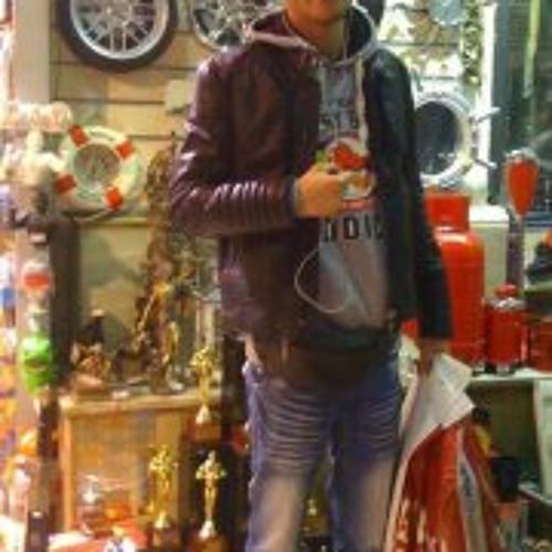 Yasser Laroca Zangui's avatar