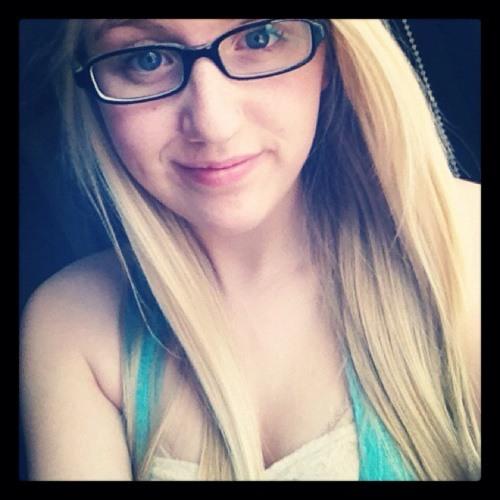 AmandaLRobertson1's avatar
