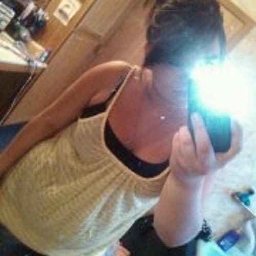 Larissa Sunshine's avatar
