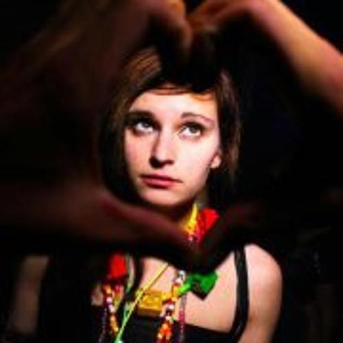 Amber Yates's avatar