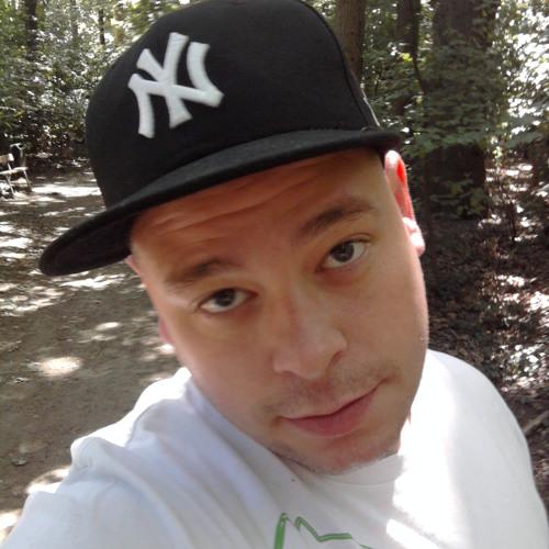 De Wolf Mickael's avatar