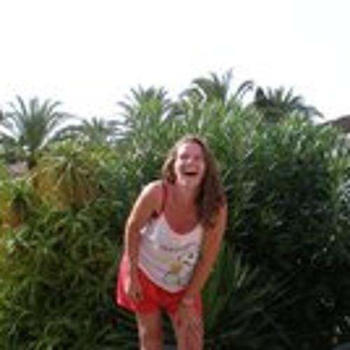 Tina Mackenzie's avatar