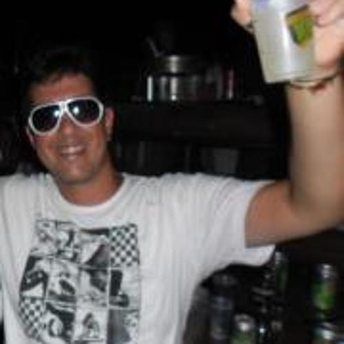 Roger Liborio's avatar