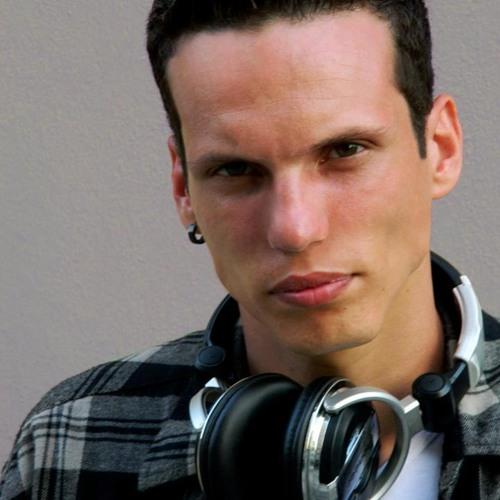WillianLucenaMusicOficial's avatar