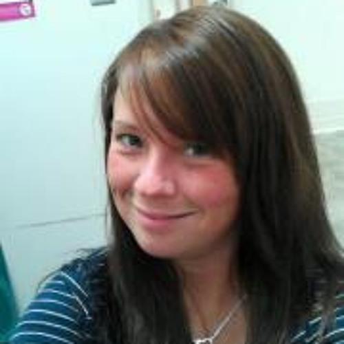Cecellia Leary's avatar