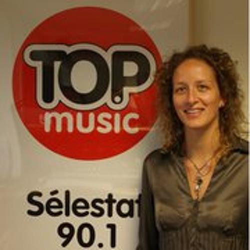 CélineTopMusic's avatar