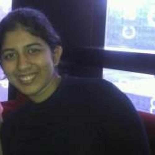 Steffi Silveira's avatar