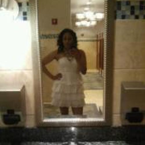 Dianela Paulino's avatar