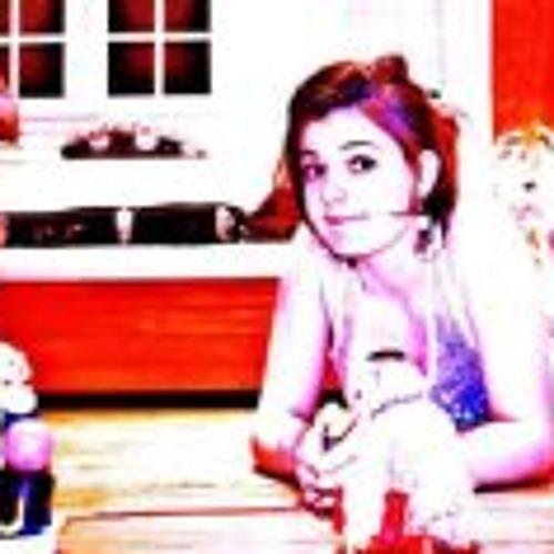 Chloë Jean 3's avatar