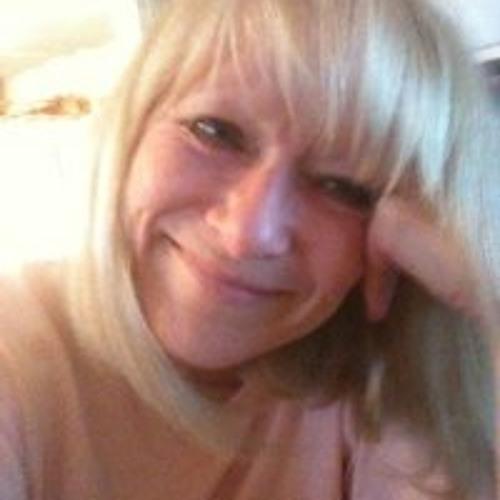 Evelyn Essig Meyer's avatar