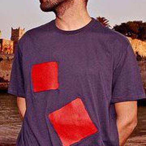 Amir Klimt's avatar