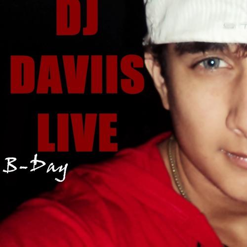 Daviis Live's avatar