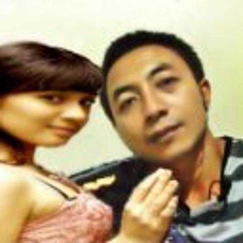 Arman Jost's avatar