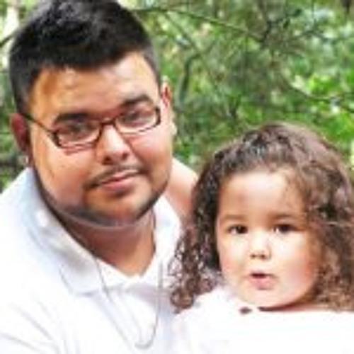 Juan C Gavilanes's avatar