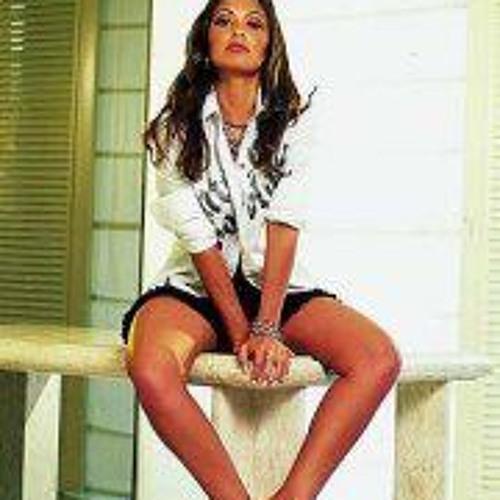 Nuria Silva Magalhaes's avatar