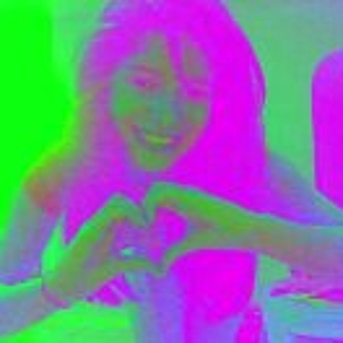 Krysta Heart's avatar