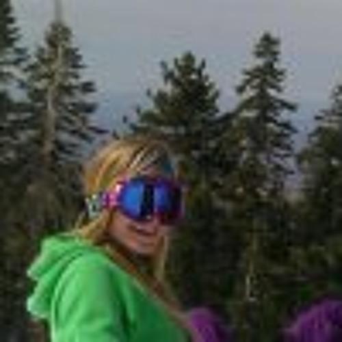 Tessa Elizabeth 1's avatar