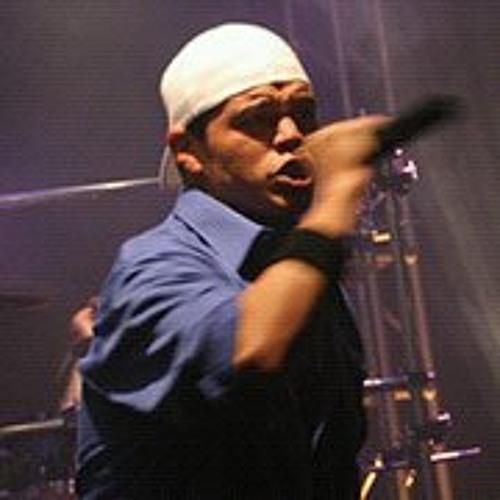 Massey Campos's avatar