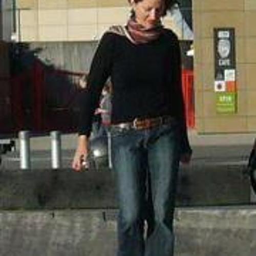 Louise Wareham Leonard's avatar