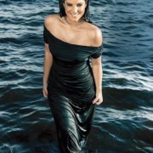 Lucy Áčová's avatar