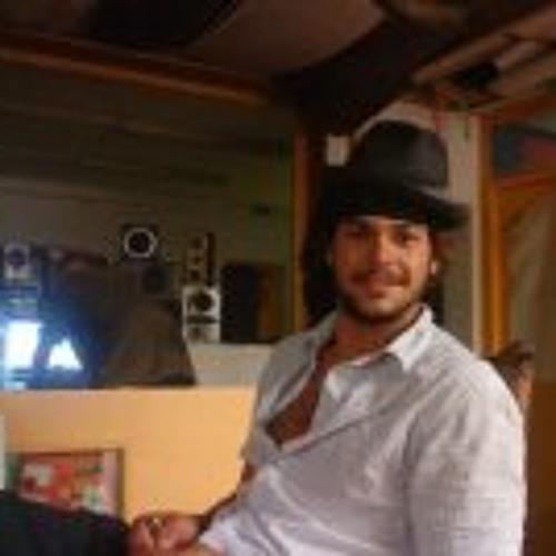 Raul Sun's avatar