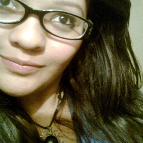 Cecii Lynn's avatar