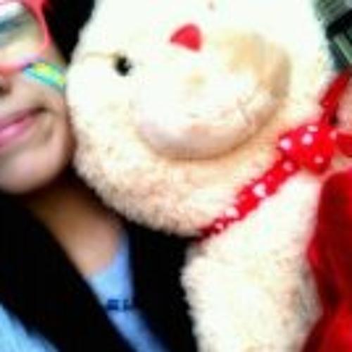 Iris Secundino's avatar