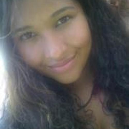 Mariana Triches's avatar