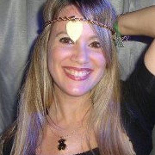 Flor Del Campo's avatar