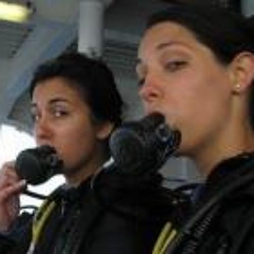 Lucinda Al-Zoghbi's avatar