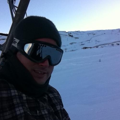 Alfonso M's avatar