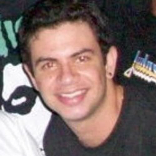 Lucas Simões .'s avatar