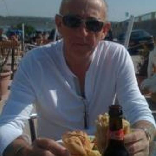 Steve Bates 4's avatar