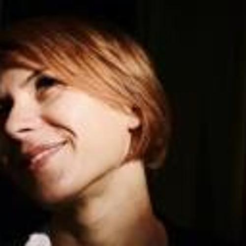Mariana Vlad's avatar