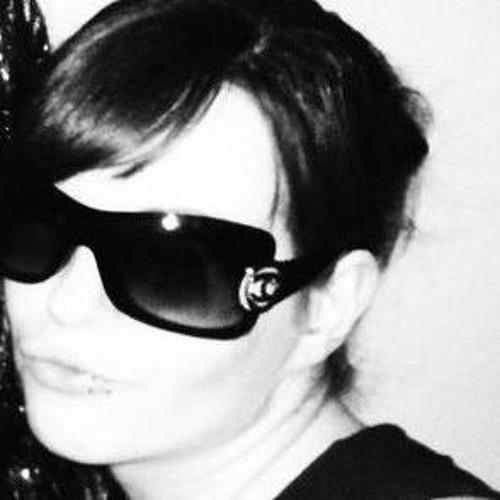 Miss_XoXo 14's avatar