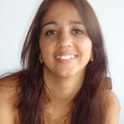 Amanda Pinto Aguiar's avatar