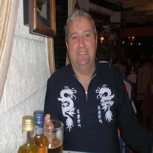 Desmond Kavanagh's avatar
