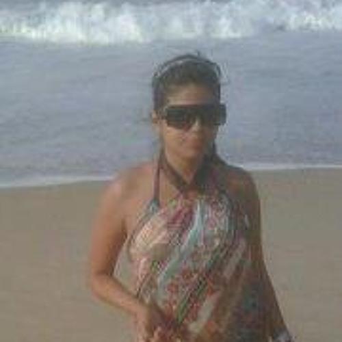 Emmi B's avatar