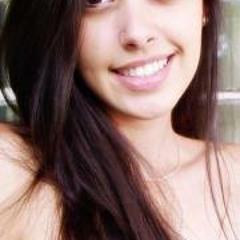 Natalia Medina 3