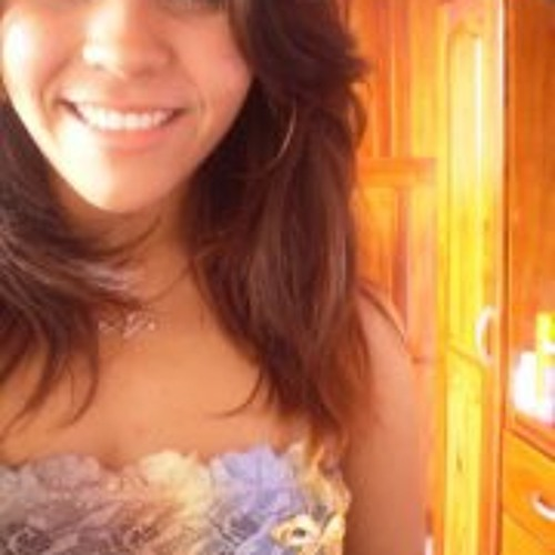 Nayana Furtado's avatar
